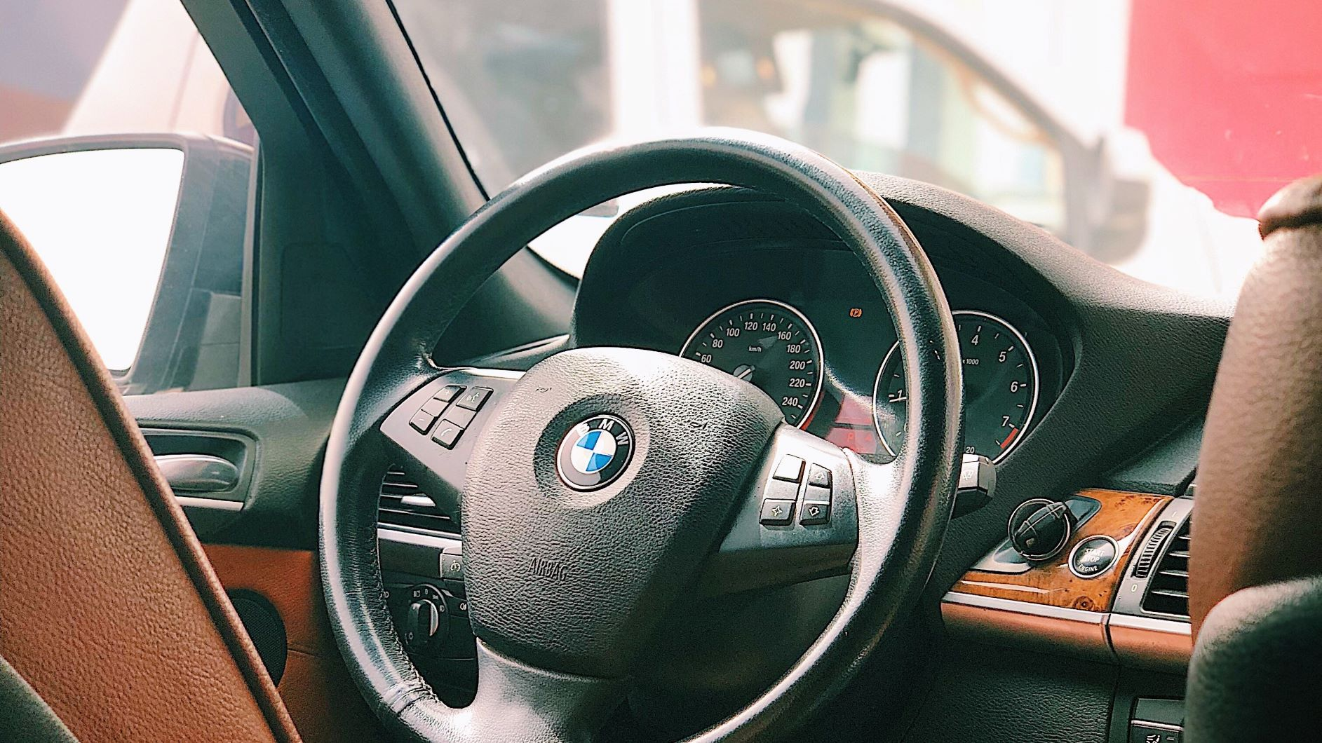 how to buy a used car from a private seller bridgetownherald. Black Bedroom Furniture Sets. Home Design Ideas